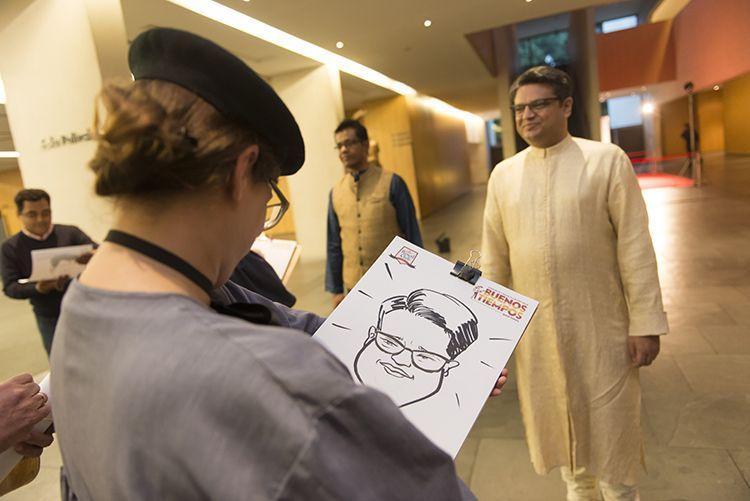 Contrata un caricaturista para tu evento