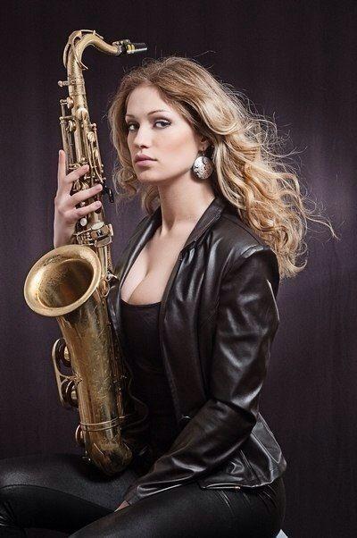 Chica Saxofonista Eventos Barcelona