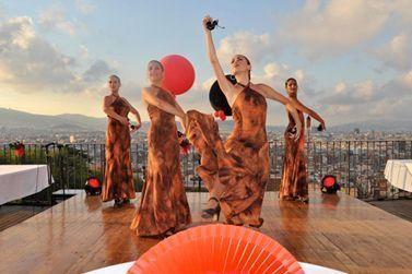 Grupo de baile para fiesta española