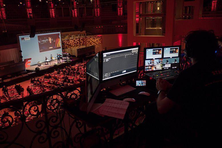 Alquiler equipos audiovisuales en Barcelona con EventosBarcelona.com